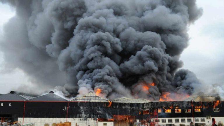 builders merchant fire 2